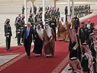Президент США в международном аэропорту Эр-Рияда. 20 мая 2017