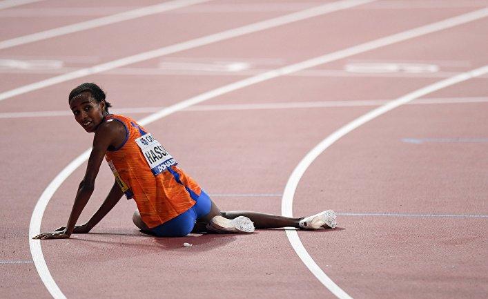 Сифан Хассан (Нидерланды) после финиша на дистанции забега на 10000 м