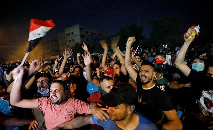 Участники акции протеста в Багдаде, Ирак