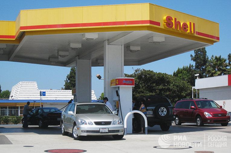 Автозаправочная станция концерна Shell в Лос Анджелесе