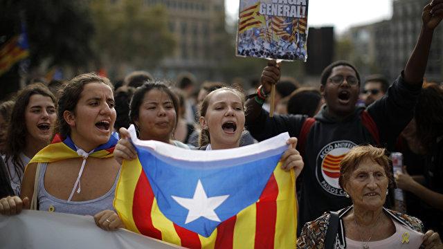 El País (Испания): Россия обхаживала власти Каталонии под шумок сепаратистского «процесса»