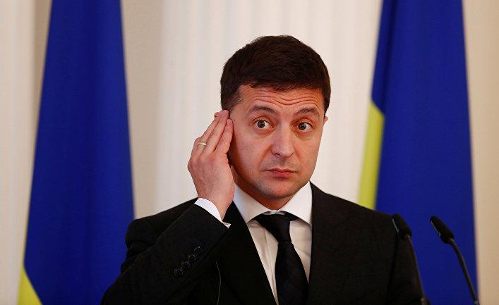 Президент Украины Зеленский во время пресс-конференции в Риге