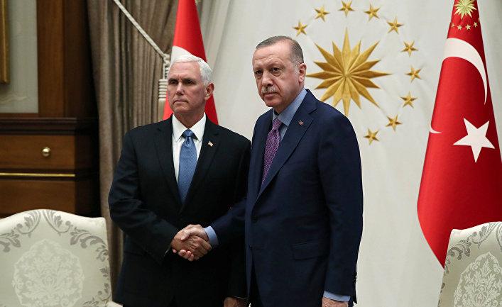 Президент Турции Тайип Эрдоган и вице-президент США Майк Пенс