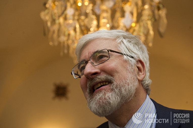 Посол Франции в Российской Федерации Жан де Глиниасти, 2012 год
