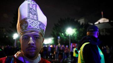 Протесты против закона о противодействии пропаганде секса среди несовершеннолетних в Варшаве, Польша