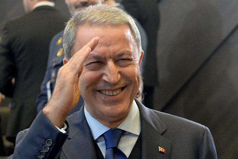 Министр обороны Турции Хулуси Акар принял участие в совещании министров обороны стран НАТО