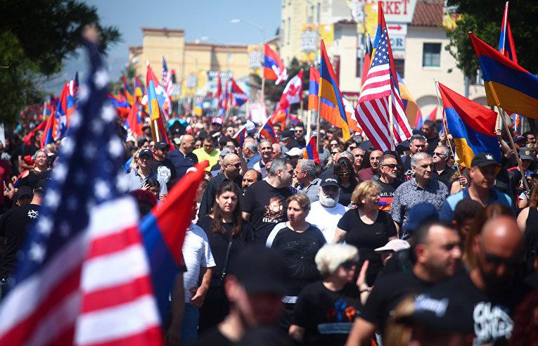 Марш, посвященный 104-й годовщине геноцида армян в Лос-Анджелесе