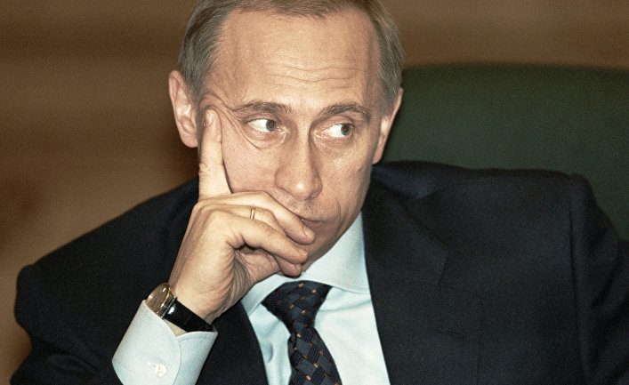 Премьер-министр РФ Владимир Путин принимает участие в заседании, 1999 год