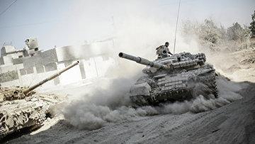 Военнослужащие сирийской армии в пригороде Дамаска Джоббар