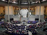 Канцлер Германии Ангела Меркель выступает в Бундестаге