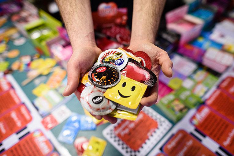 Презервативы в специализированном магазине в Лондоне