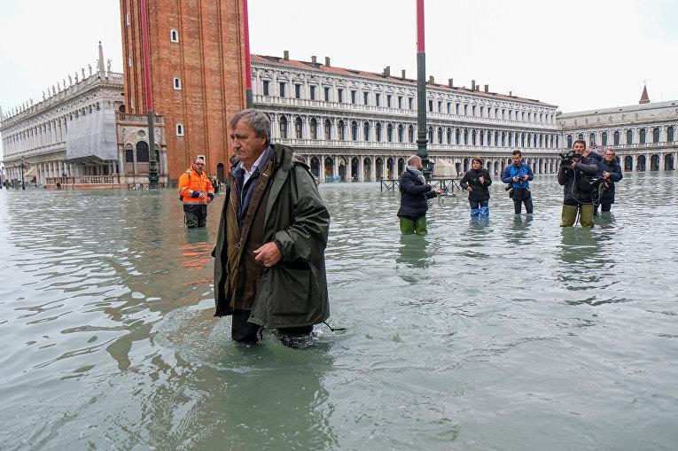 Наводнение в Венеции, Италия
