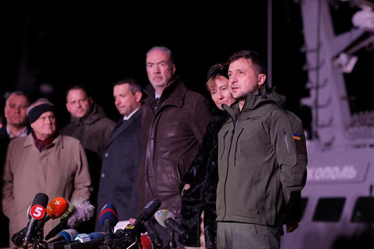 Президент Украины Владимир Зеленский посетил порт Очаков