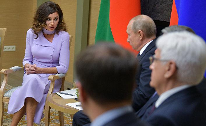 Президент РФ В. Путин встретился с первым вице-президентом Азербайджана М. Алиевой