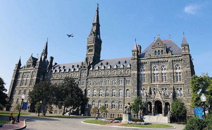 Вид на Джорджтаунский университет в Вашингтоне