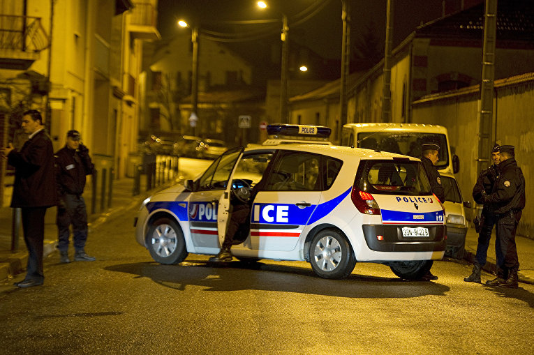 Полицейские в Тулузе, Франция