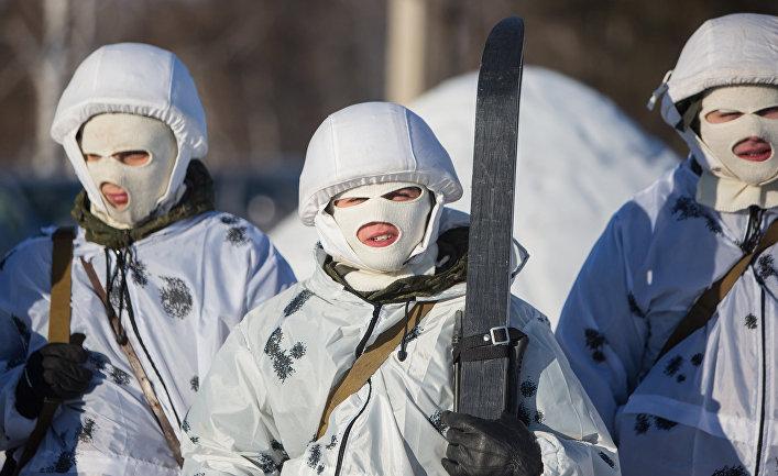 Тренировка курсантов Арктического подразделения ДВВКУ
