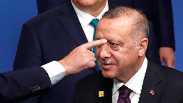 Президент Турции Реджеп Эрдоган на саммите лидеров НАТО в Уотфорде, Великобритания