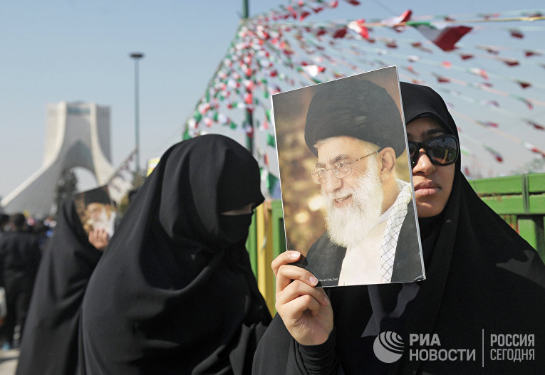 В Иране празднуют годовщину исламской революции