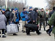 Обмен военнопленными между ДНР, ЛНР и Украиной в Донецкой области возле пункта пропуска Майорск в Донецкой области