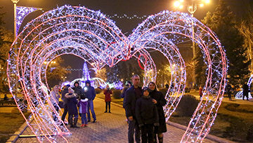 Новогоднее укрешение города в Донецке