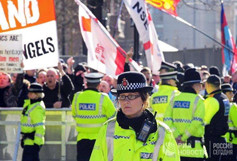Марш протеста в Манчестере
