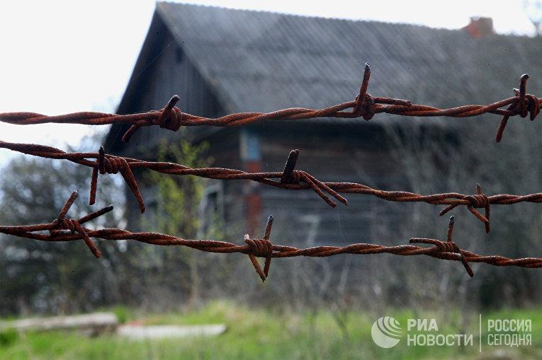 Переселенцам из деревни в зоне отчуждения Чернобыльской АЭС разрешили посетить свои дома