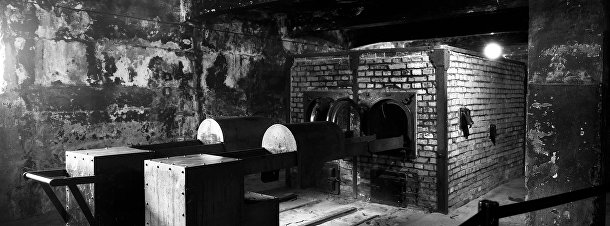 Крематорий возле одной из газовых камер в Освенциме