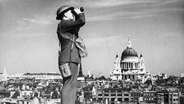 Наблюдатель на крыше в Лондоне, 1940 год. Битва за Британию