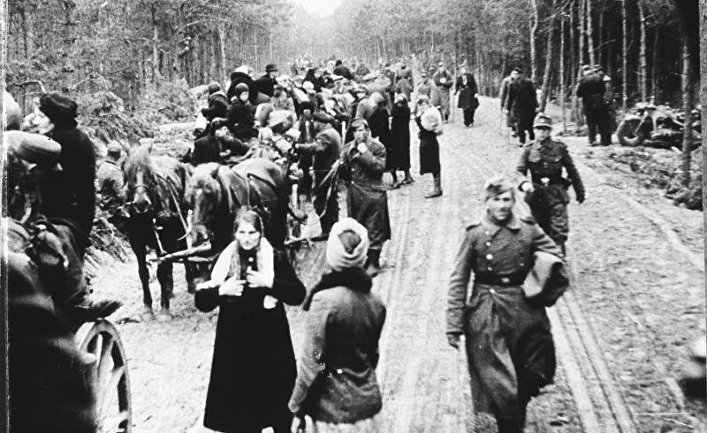 Немецкие беженцы в районе Браунсберга, Восточная Пруссия, февраль-март 1945