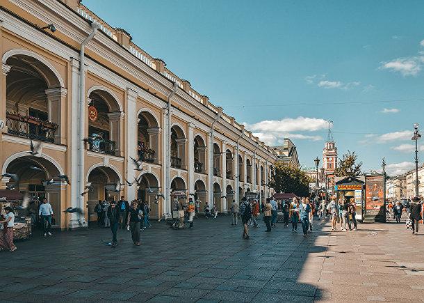 Большой Гостиный двор, Санкт-Петербург