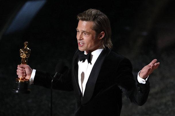 """Брэд Питт на церемонии вручения премии """"Оскар"""" в Лос-Анджелесе"""