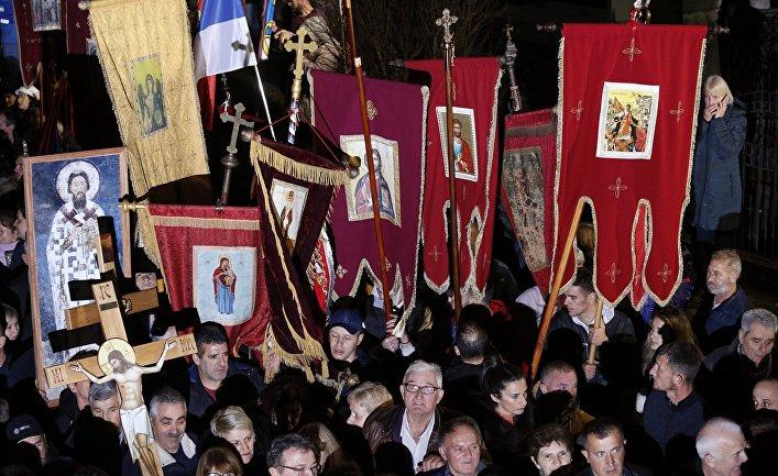 Мирное шествие в защиту прав Сербской православной церкви в Черногории