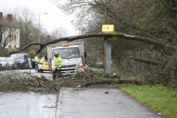 Последствия урагана Киара в Тайлхерсте, Великобритания