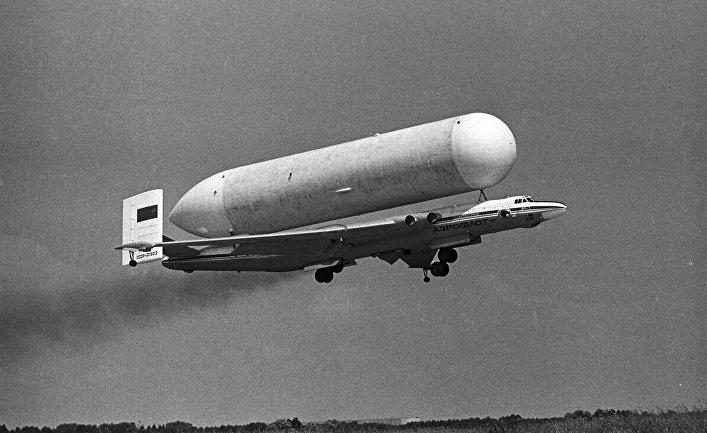 """Специальный транспортный самолет ВМ-Т """"Атлант"""""""