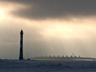 Вид на комплекс защитных сооружений (дамбу) Санкт-Петербурга