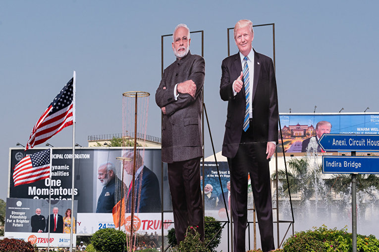 Изображения президента США Дональда Трампа и премьер-министра Индии Нарендры Моди