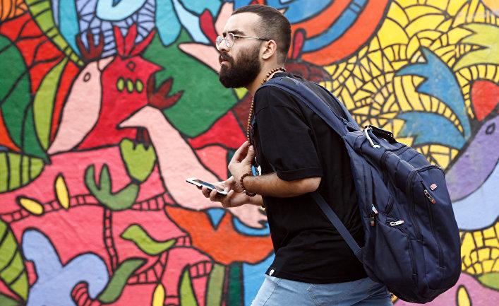 Мужчина в Тегеране, Иран