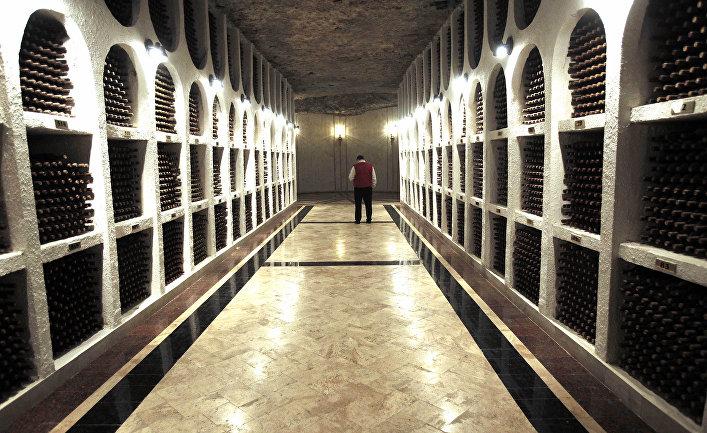 Коллекция марочных вин в Криковских винных подвалах, Молдова