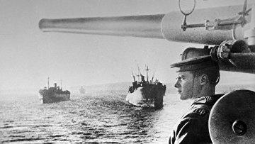 Советские транспортные суда на пути к Южному Сахалину, 1945 год