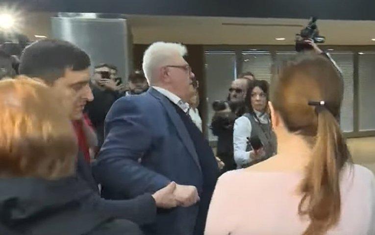 Националисты избили советника секретаря СНБО Украины