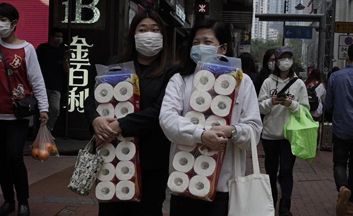 Женщины с туалетной бумагой, Гонконг