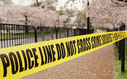 Полицейская лента в одном из парков в Вашингтоне