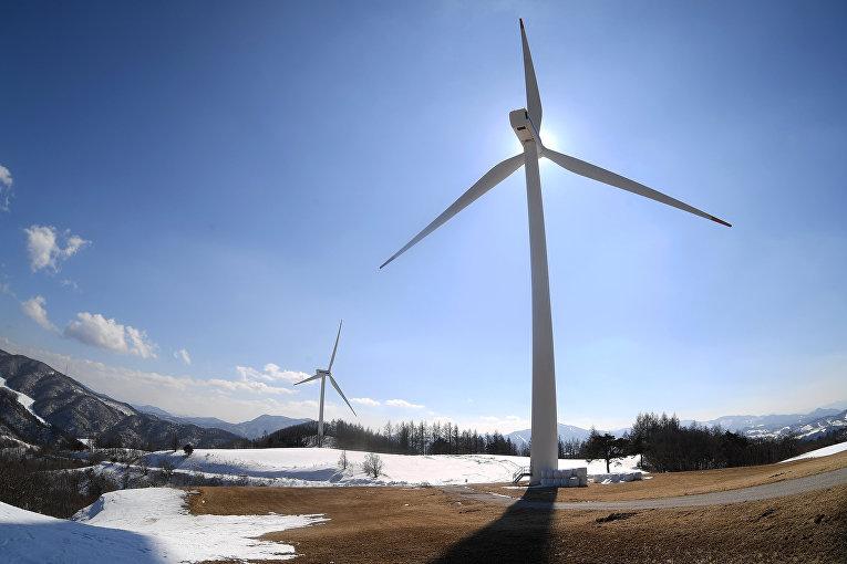 Ветрогенераторы в районе Хоенггуе в Республике Корея.