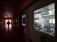 Закрытая школа в Лабастиде, Испания