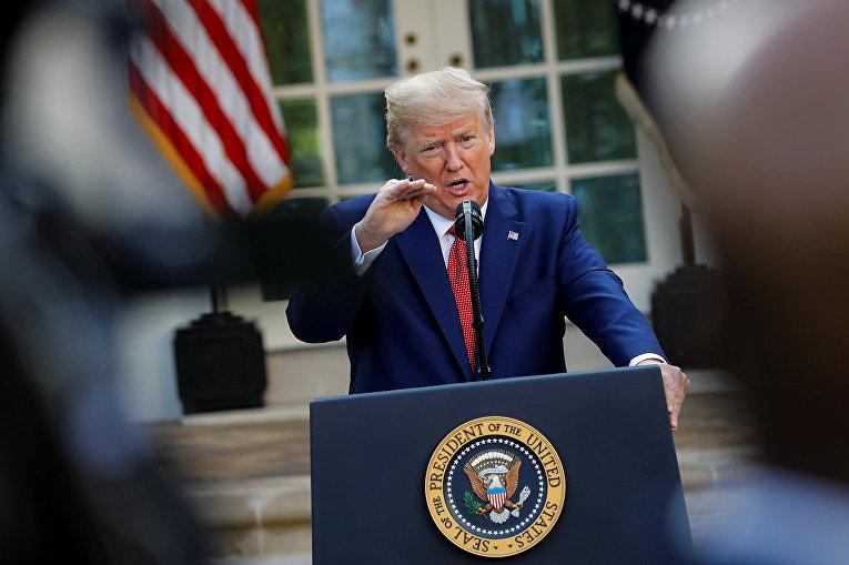 Президент США Дональд Трамп во время пресс-конференции в Вашингтоне
