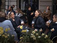 Жители Стокгольма в ресторане