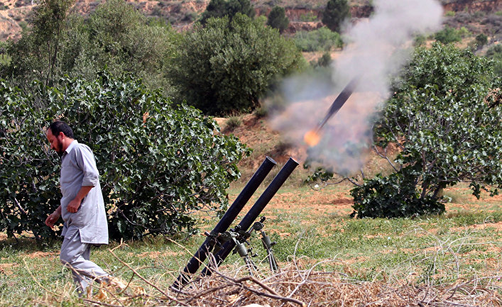Силы ливийского правительства национального согласия обстреливают город Тархуна