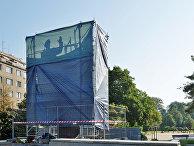 Закрытый памятник маршалу Коневу
