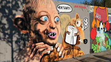 Граффити, изображающее персонажа из романа «Властелин колец» в Берлине